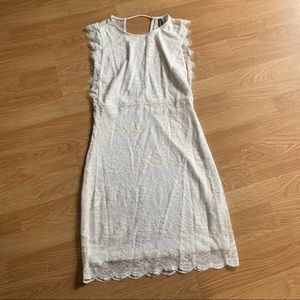 Divided White Lace Sleeveless Dress size 6
